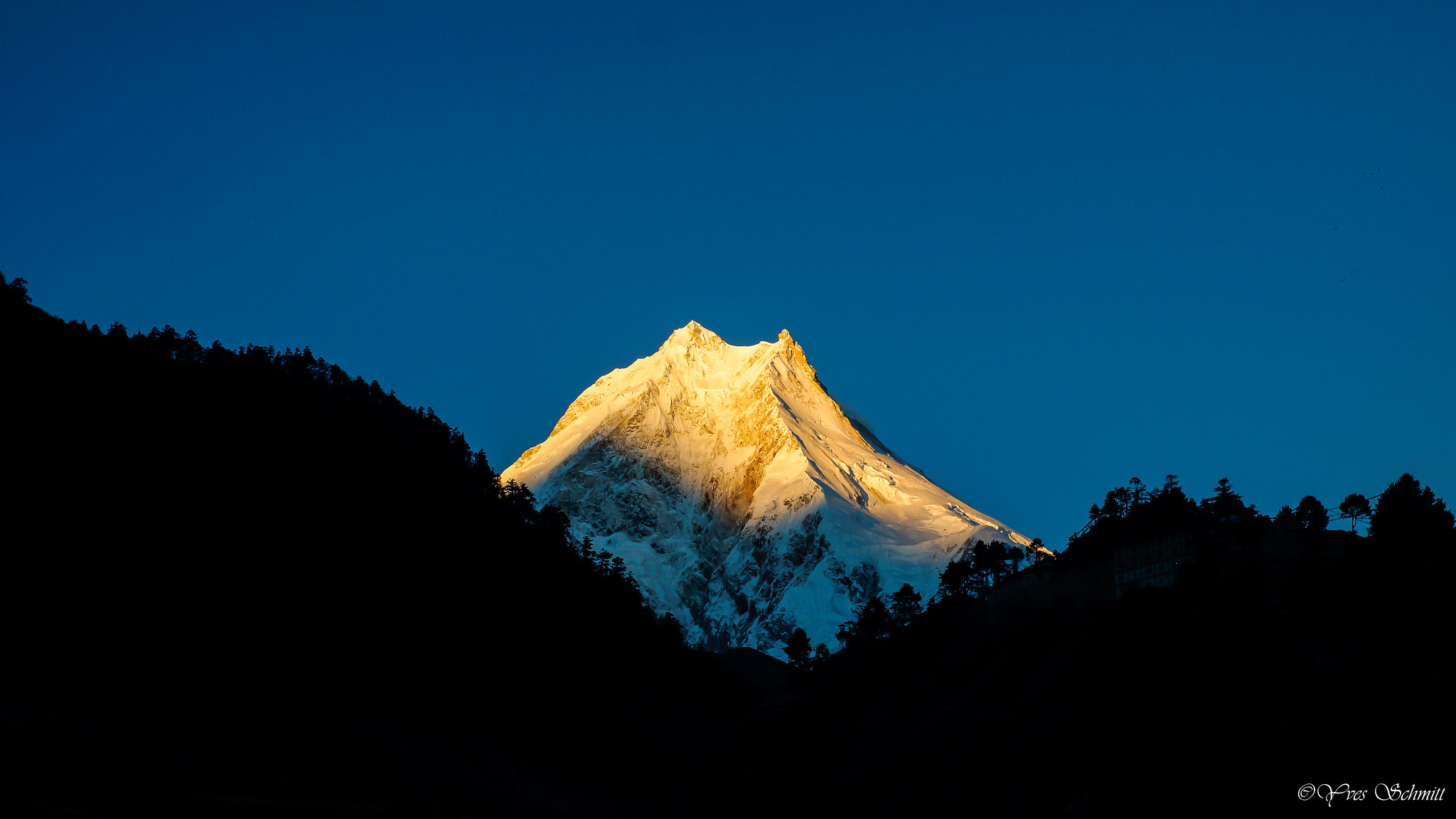 Manslu mountain nepal